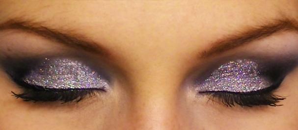 Maquillage pailleté pour le Nouvel An