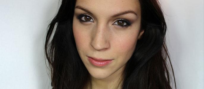 maquillage yeux qui ne coule pas