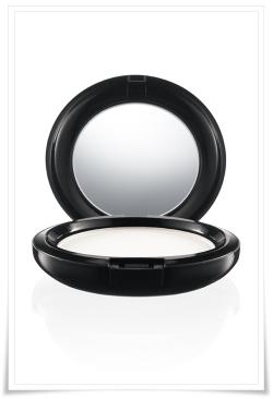 Poudre de finition pressée Prep+prime de MAC Cosmetics