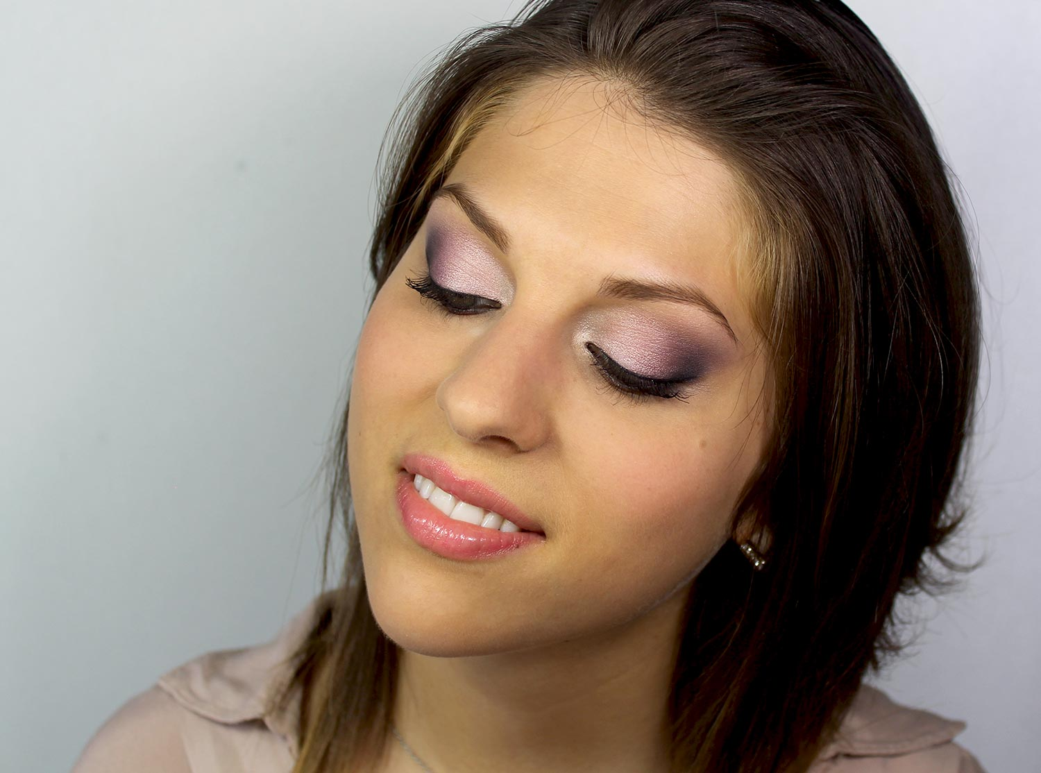 Tutoriel maquillage yeux verts maquillage cynthia - Maquillage de soiree yeux marron ...