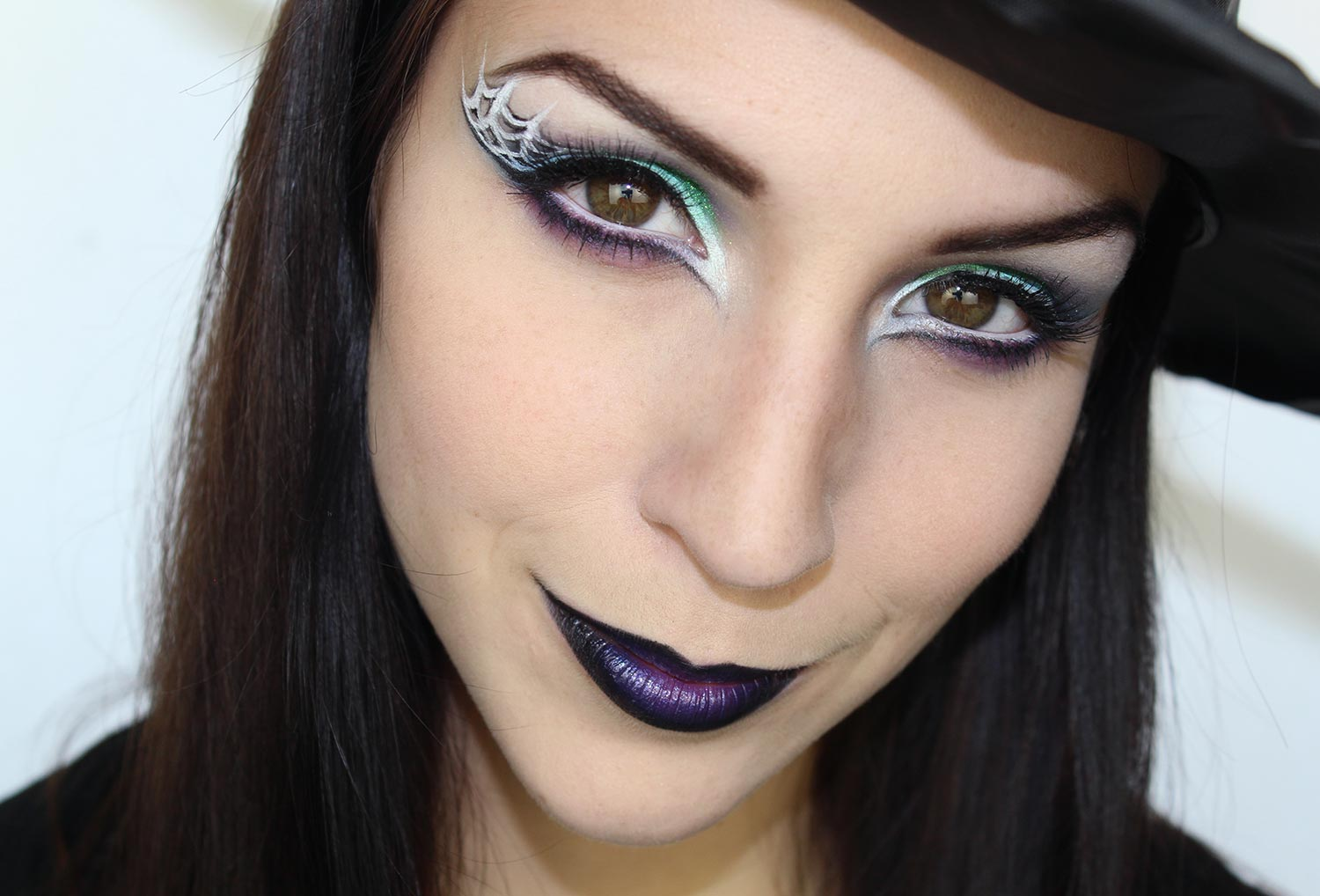 Maquillage halloween sorci re - Maquillage sorciere femme ...