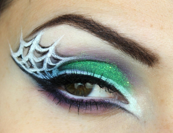 Maquillage d'Halloween sorcière glam