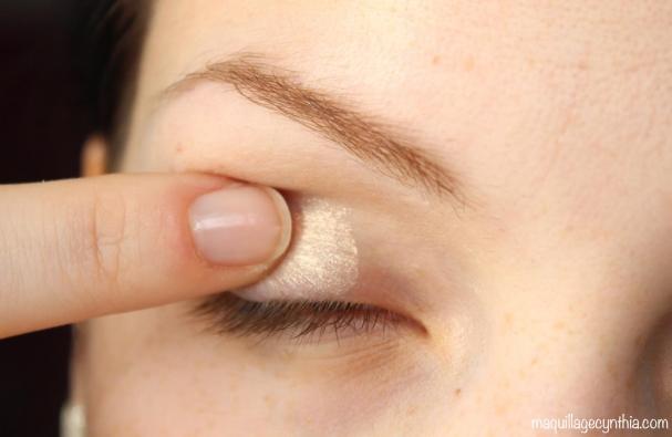 Un maquillage des yeux qui tient