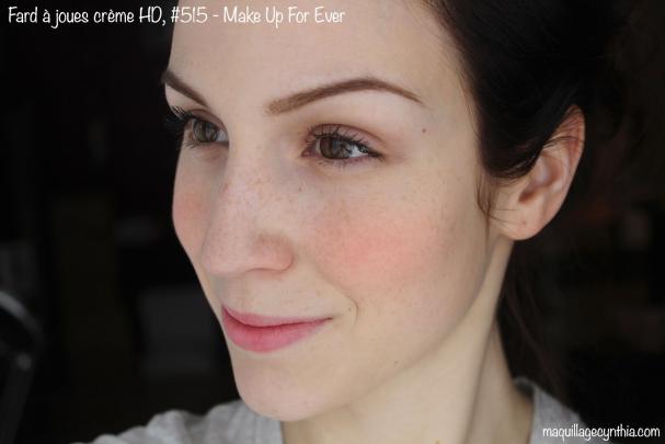 # 515 : Orange électrique foncé. Bon pour les peaux bronzées ou foncées et pour les filles aux yeux bleus