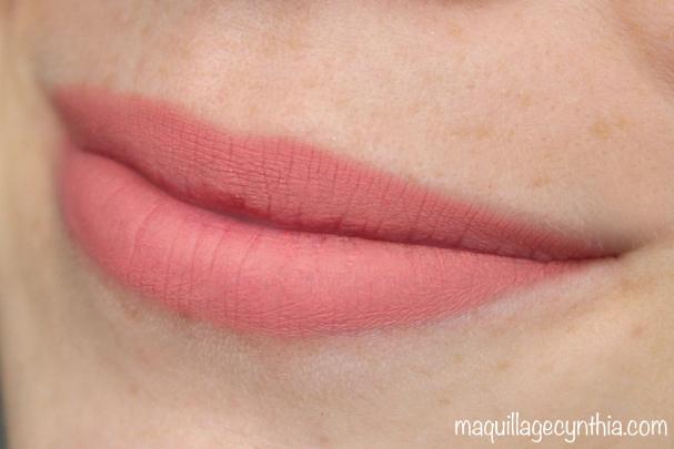 POutliner Longwear Lip Pencil