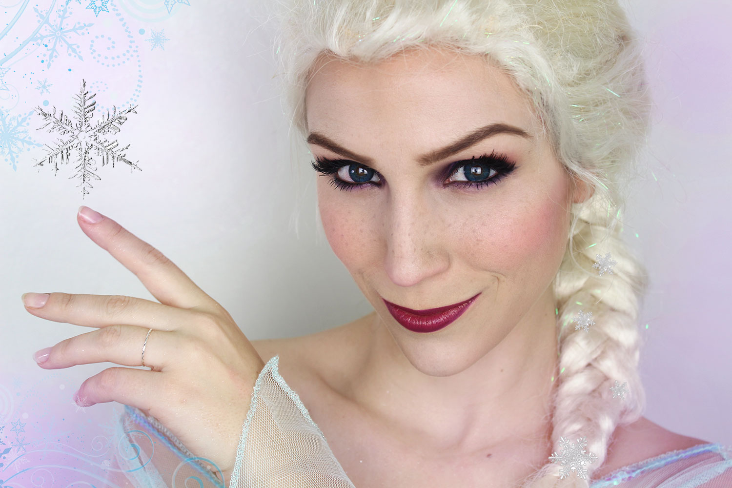 Maquillage dHalloween  Elsa / La Reine des Neiges