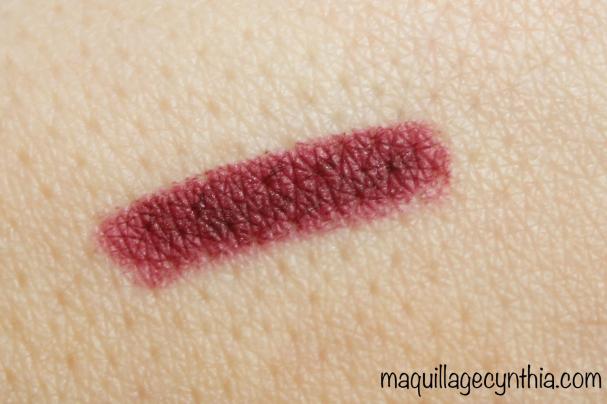 Rouge Lip Velvet  + Crayon Lip Definer Oxblood