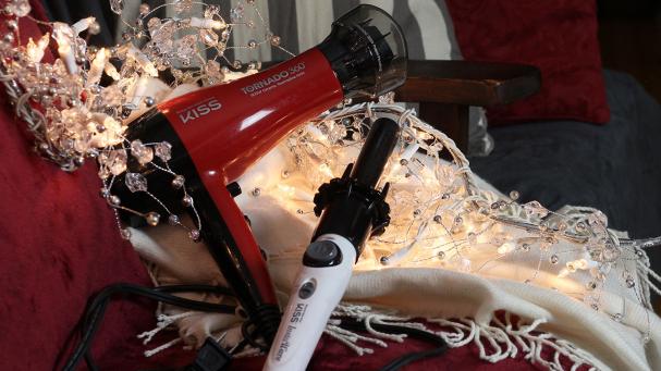 2. 1 fer à friser automatique InstaWave + 1 séchoir 360 degrés Tornado de KISS