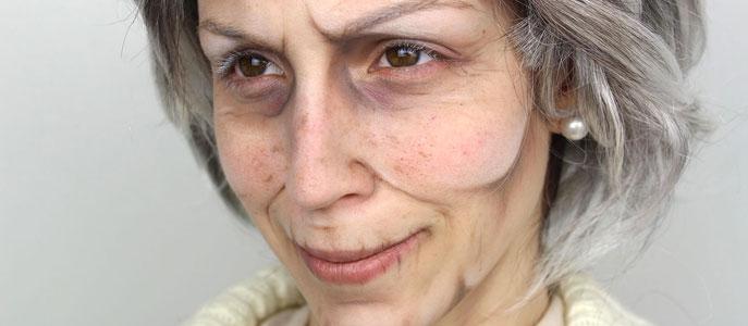 Maquillage de vieillissement théâtral